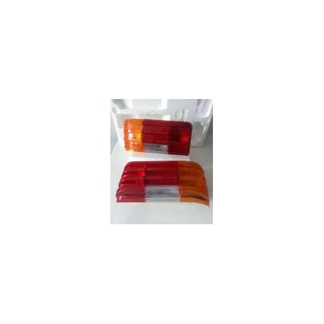 MERCEDES 200 VERSIONE W114, W115,COPPIA PLASTICA GEMMA FANALE POSTERIORE